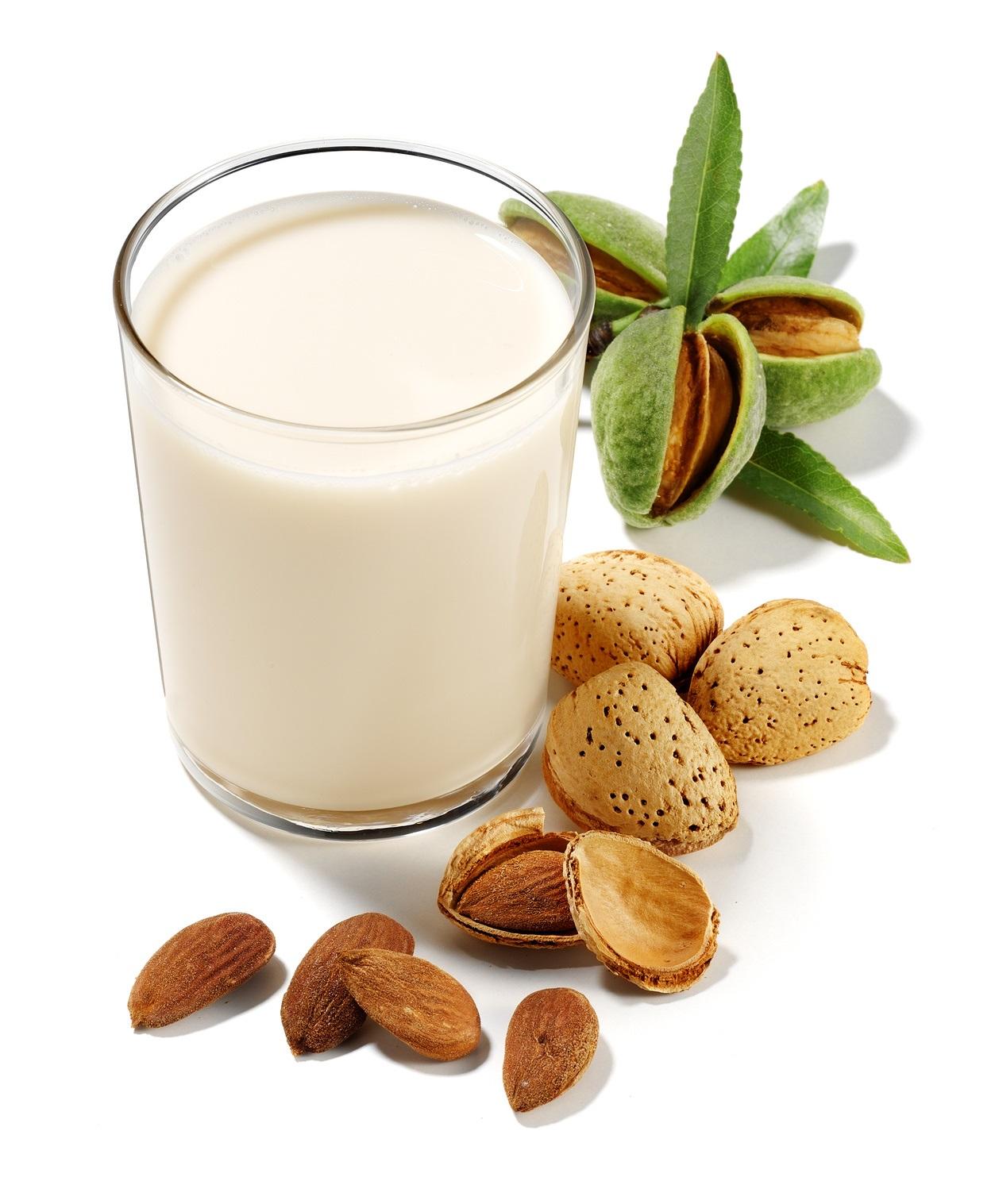 ricette-latte-di-mandorla